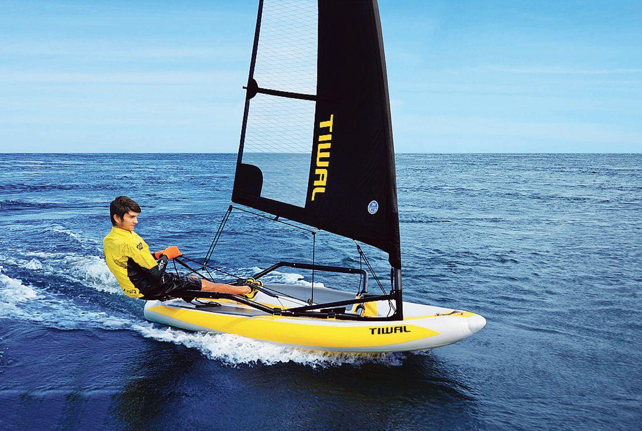 Tiwal, le petit voilier gonflable bretonparti à la conquête de l'Amérique