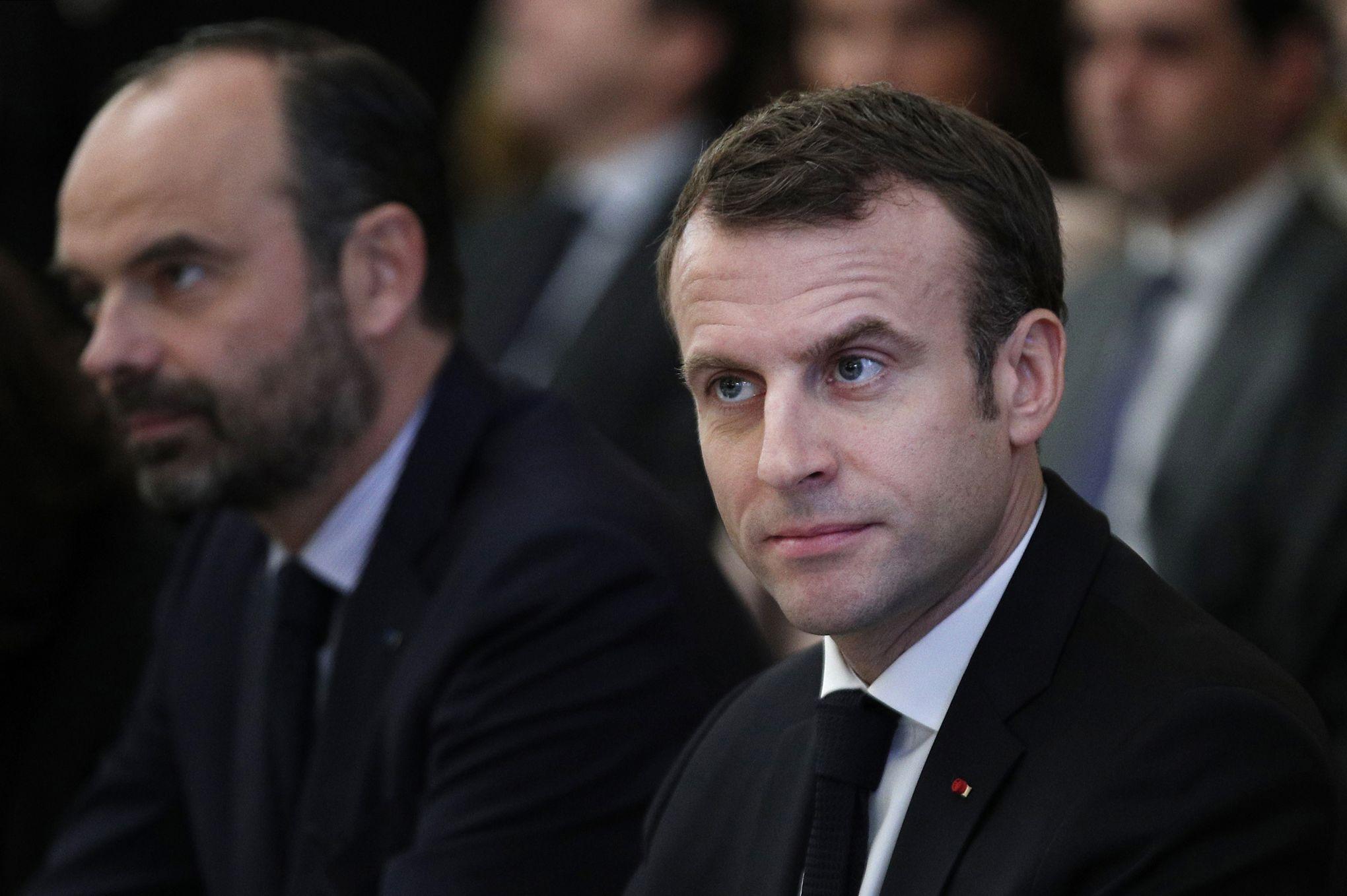 Réformes: Emmanuel Macron accélère, Édouard Philippe embraye