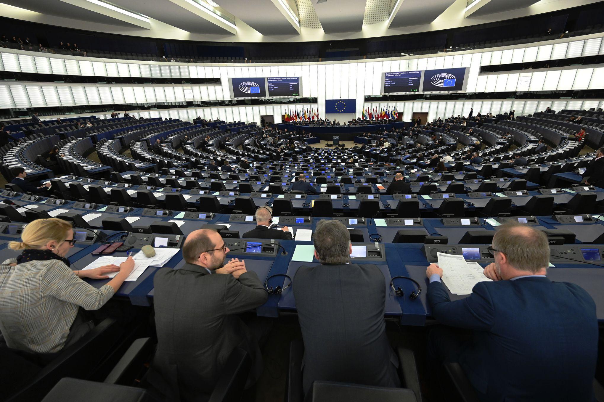 L'affaire d'espionnage entre la Chine et un fonctionnaire européen suscite l'embarras à Bruxelles