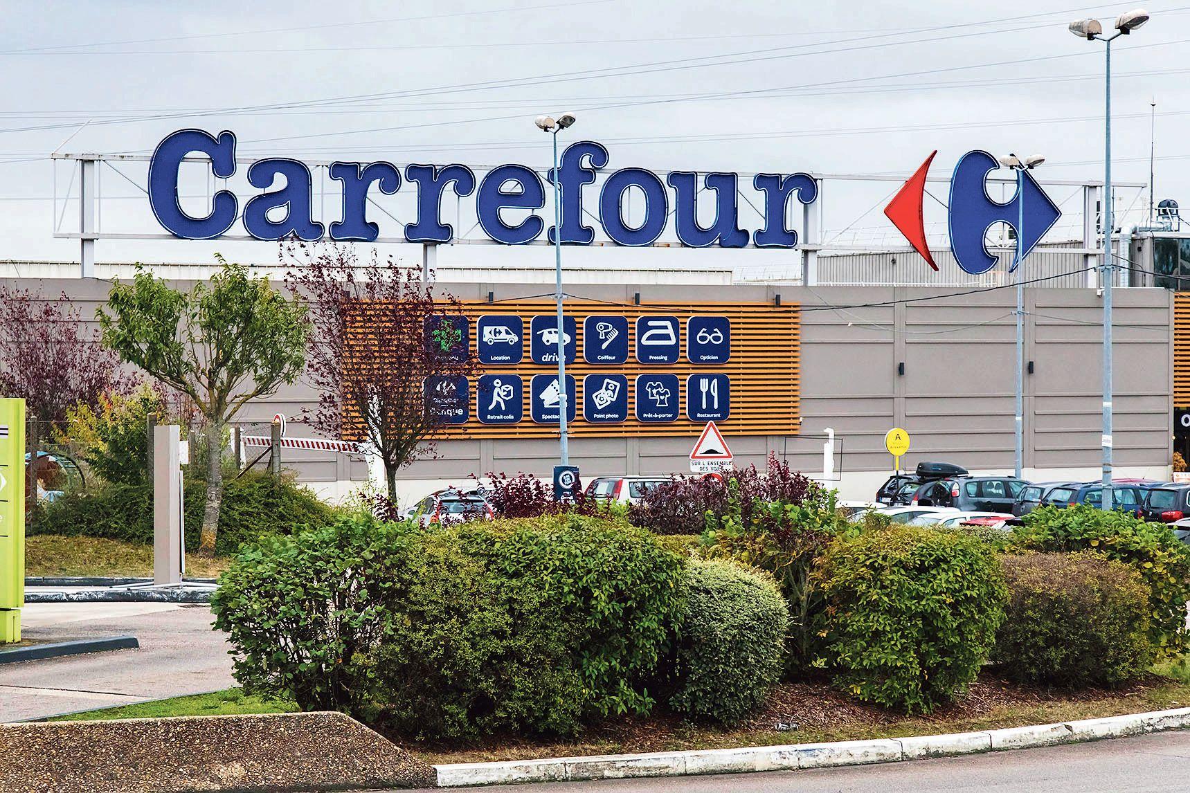 Carrefour au défi de relancer ses hypers
