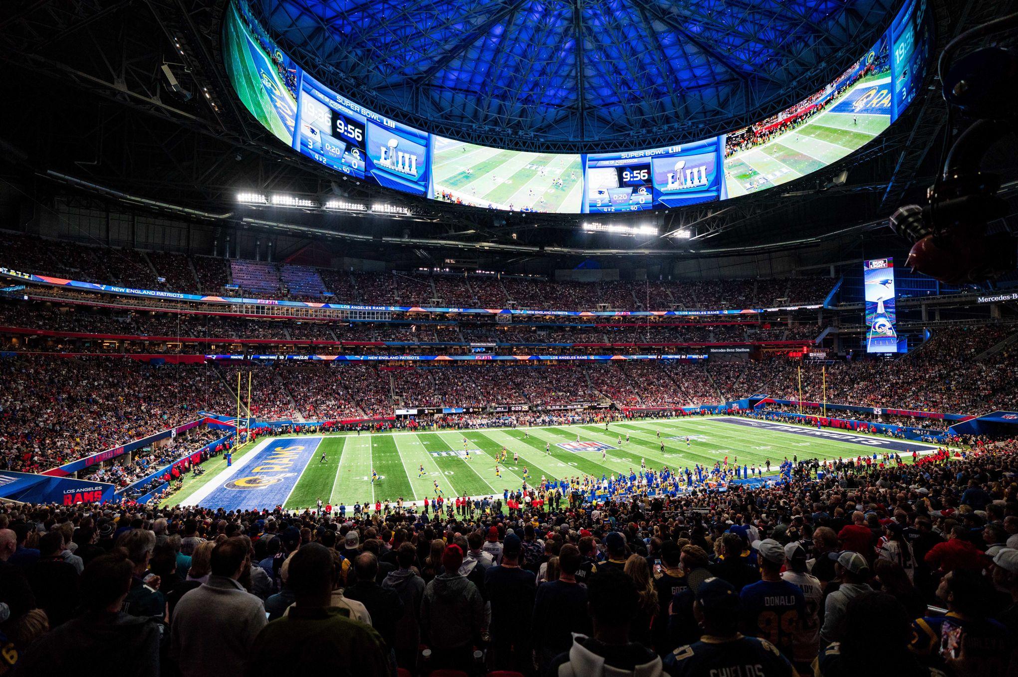 Donald Trump et Michael Bloomberg se battent au Super Bowl