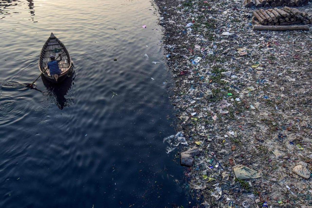 Plastiques à usage unique: pourquoi les interdire n'est pas si simple