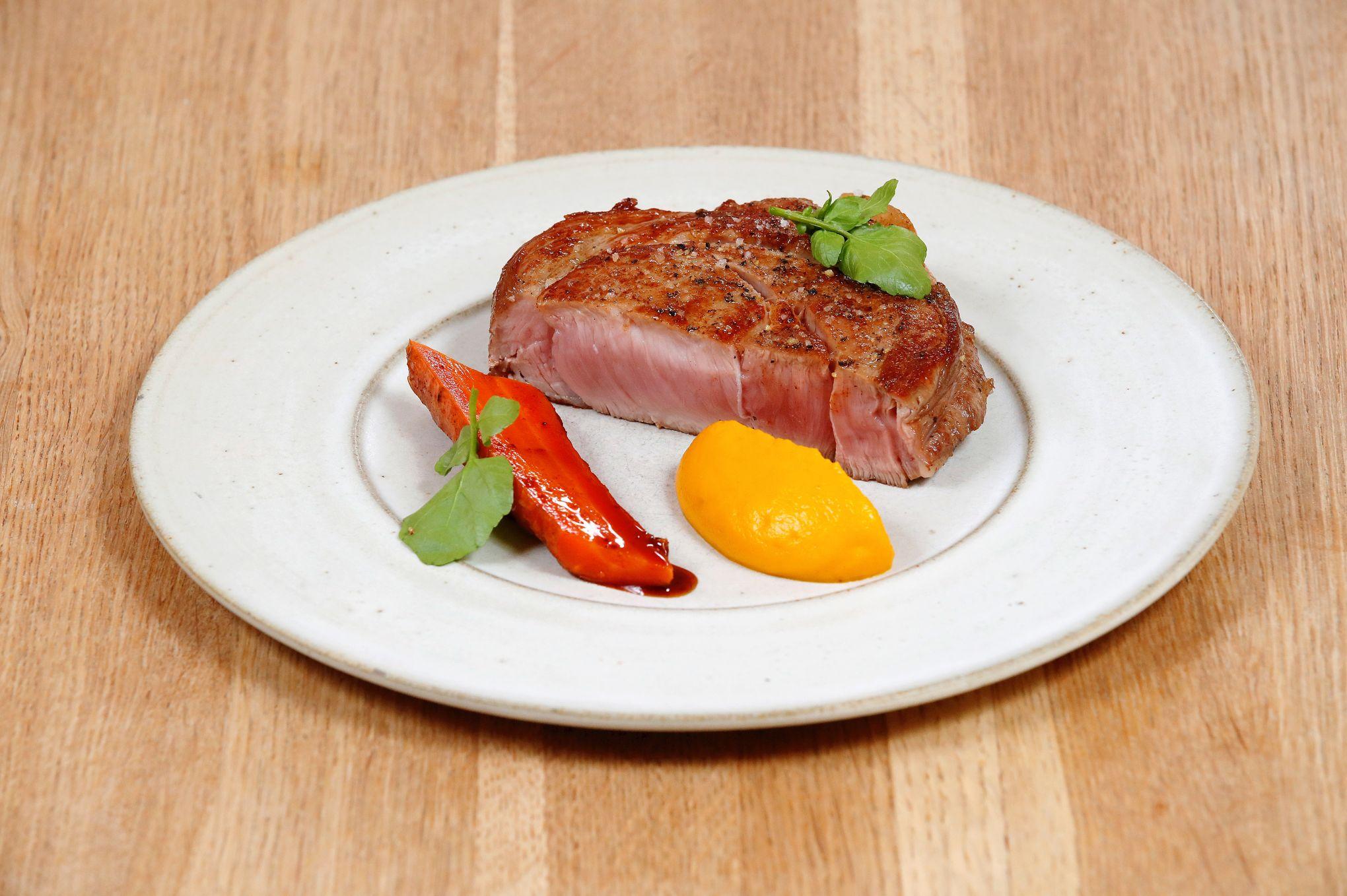 Les recettes d'Antonin Bonnet: saint-jacques et soupe de châtaignes, carré de veau filet et purée de carottes, tarte fine aux clémentines