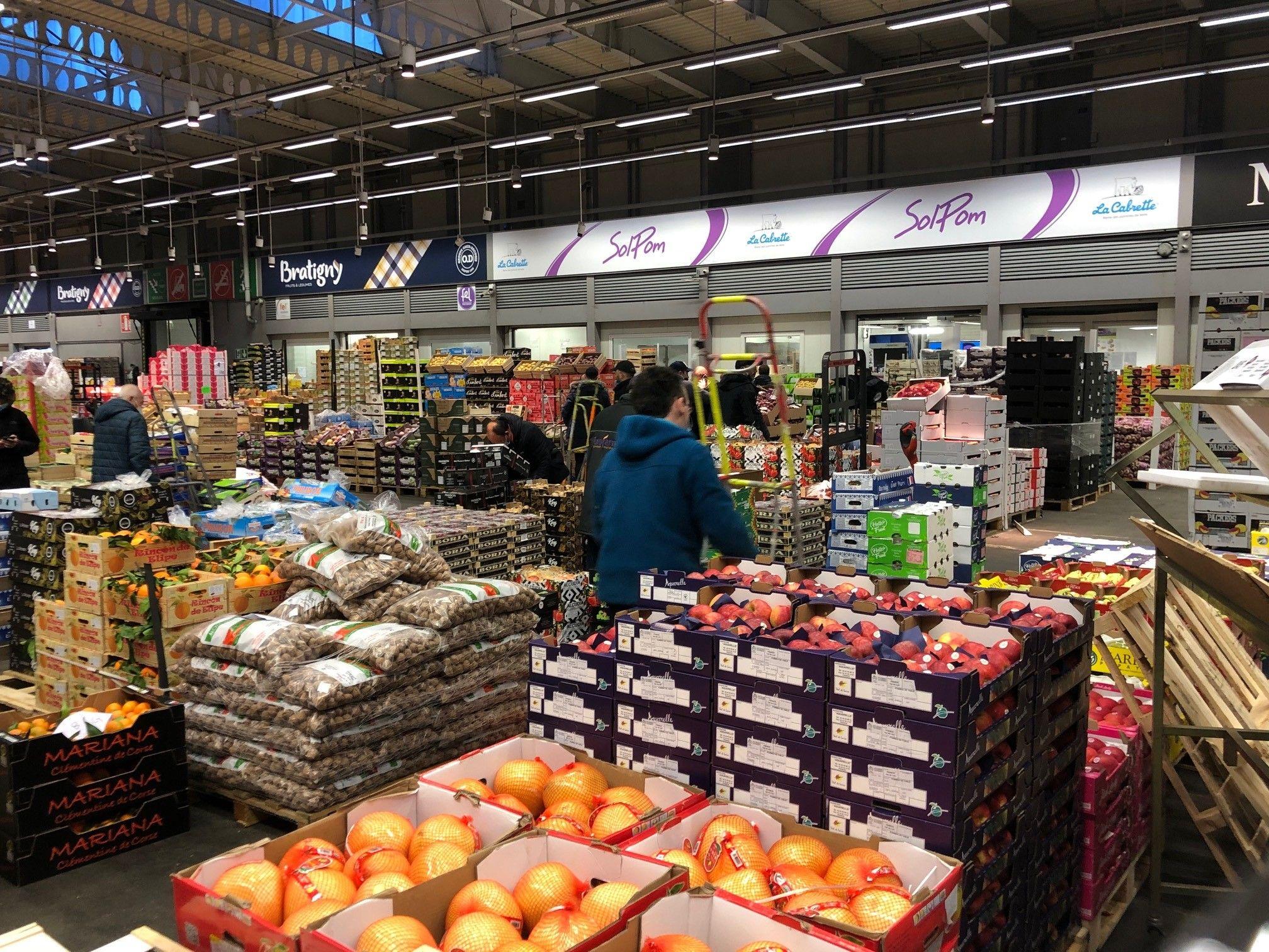 Malgré la crise, le marché de Rungis fait le plein