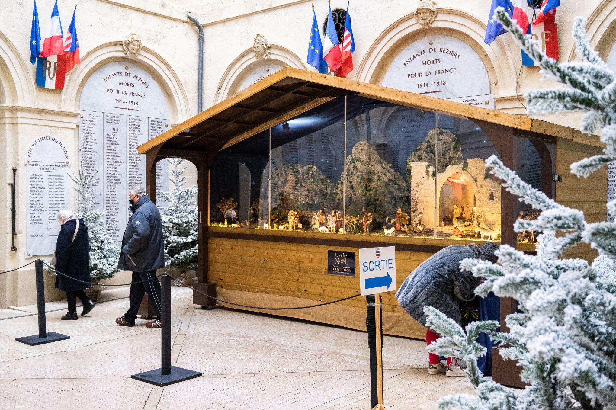 Crèches de Noël à la mairie de Béziers: «Nous avons gagné la bataille»