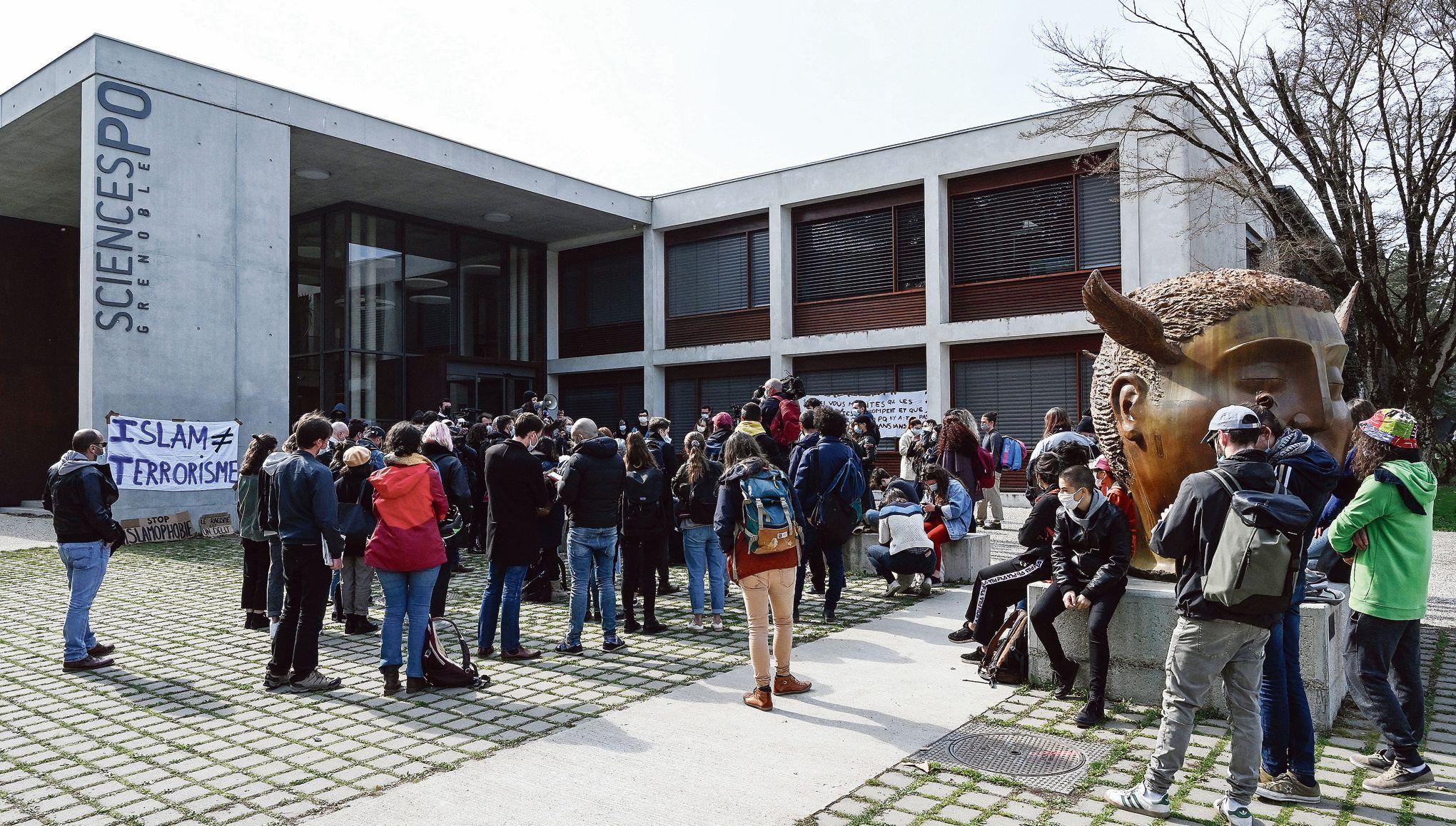 Le «mois décolonial» de Grenoble suscite la polémique