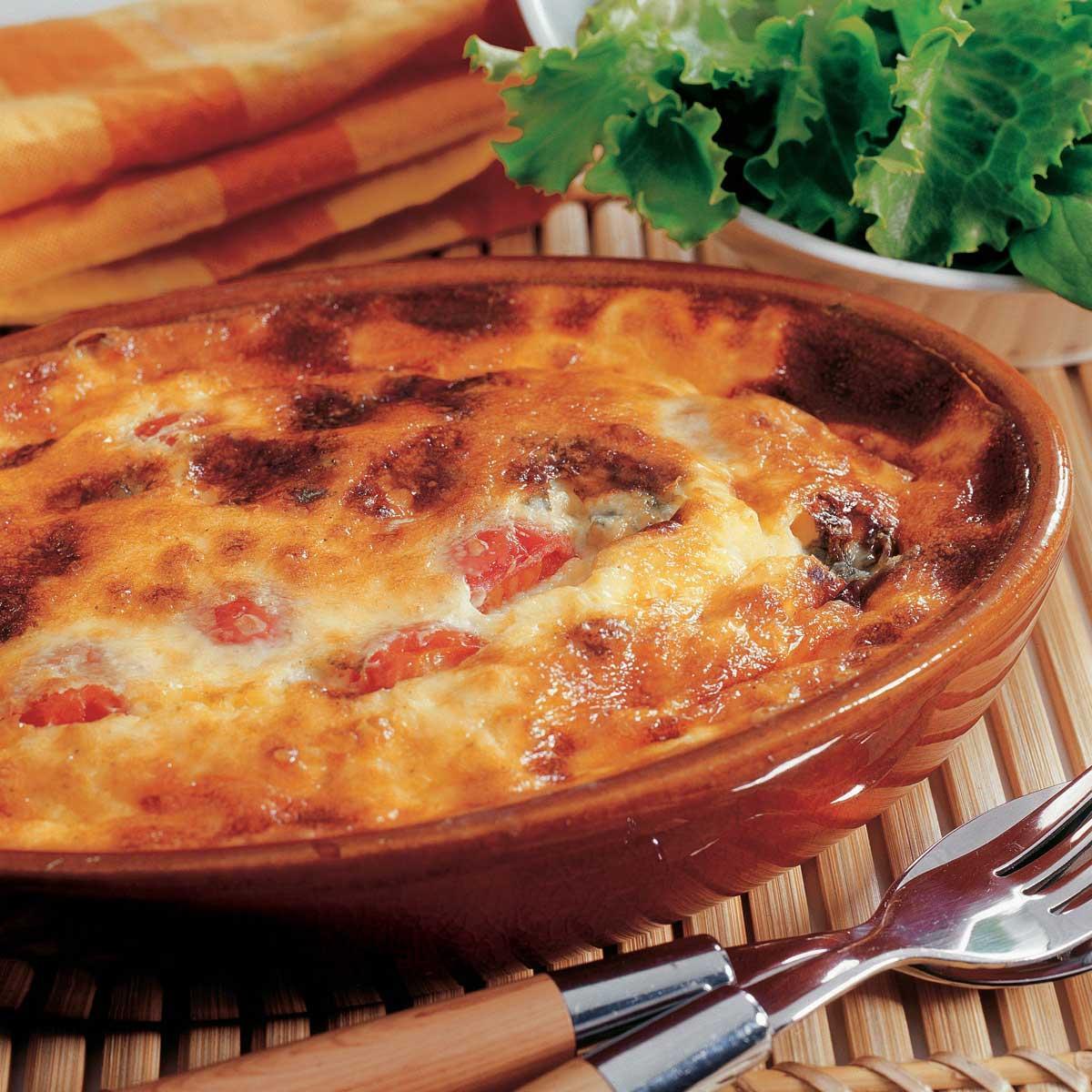 recette clafoutis de tomates cerises cuisine madame figaro. Black Bedroom Furniture Sets. Home Design Ideas