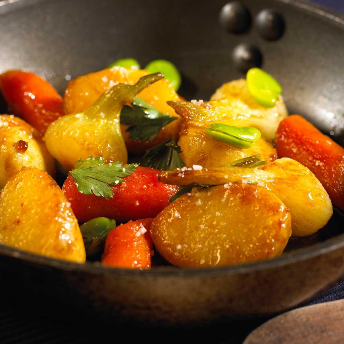 recette po l e de pommes de terre nouvelles et autres l gumes printaniers au beurre sal. Black Bedroom Furniture Sets. Home Design Ideas
