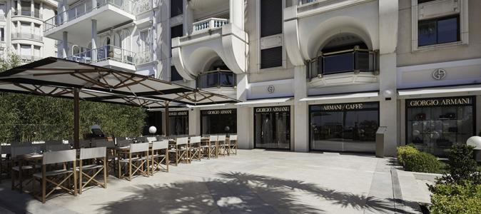 La boutique Giorgio Armani, 42, boulevard de la Croisette, à Cannes. 2fef9e369e96