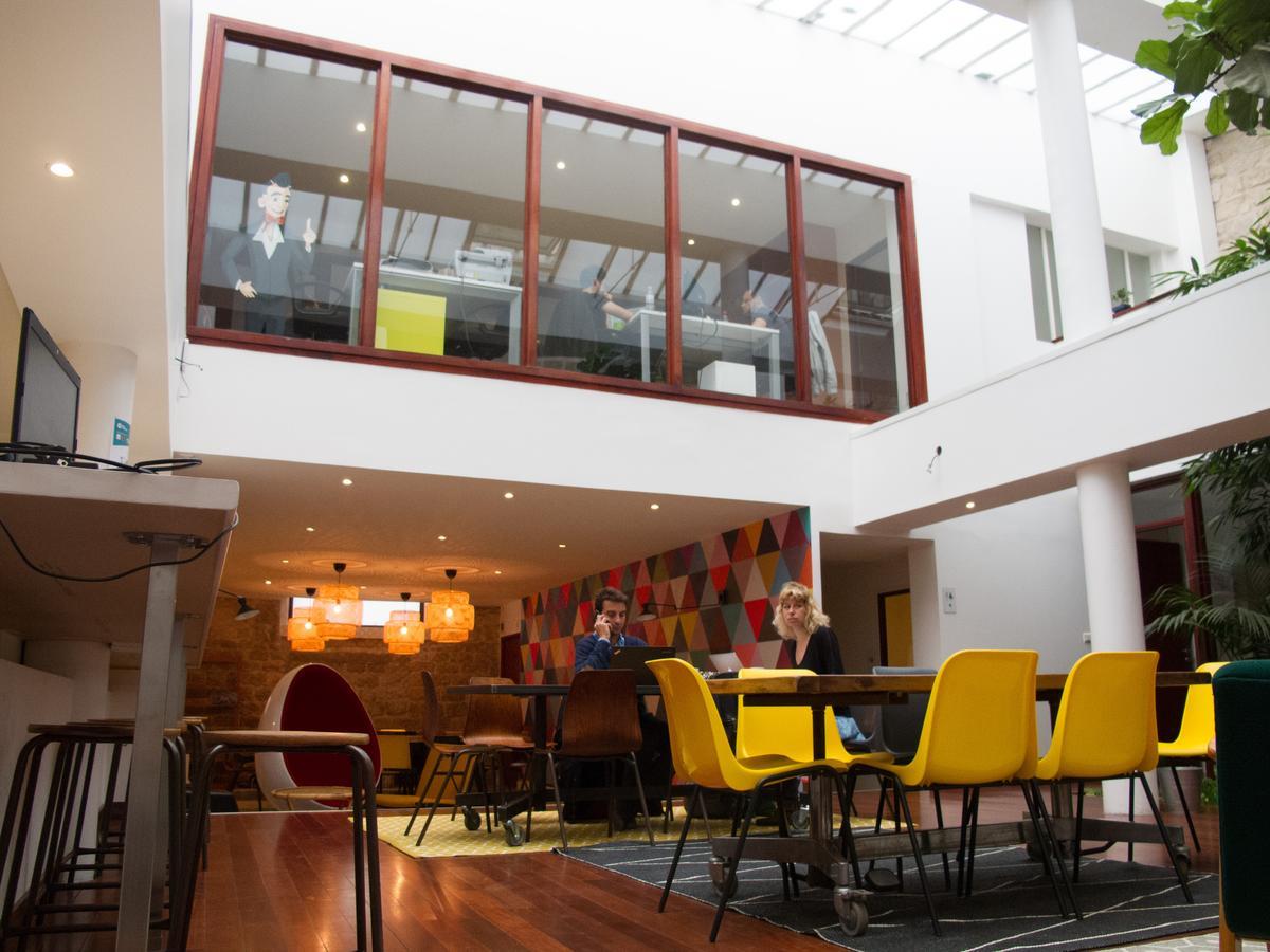 l 39 entrepreneuriat au f minin a enfin son qg parisien madame figaro. Black Bedroom Furniture Sets. Home Design Ideas