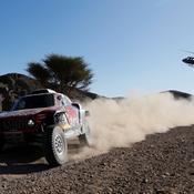 Dakar : Carlos Sainz fait coup double, Alonso retrouve le sourire