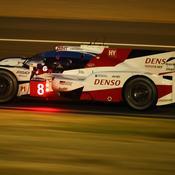 Toyota fait tomber le record de la piste et signe la pole
