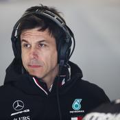 Wolff ne ferme pas «définitivement» la porte à Vettel et balaie les rumeurs de désengagement de Mercedes
