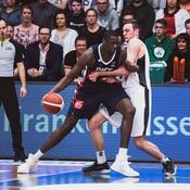 La France réagit bien face au Monténégro après sa défaite en Allemagne vendredi