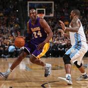 Bryant porte les Lakers, Detroit bat Miami sur le fil