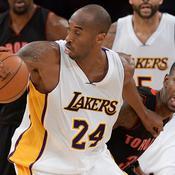 Toronto Raptors Terrence Ross (31) Los Angeles Lakers Kobe Bryant (24) Staples Center