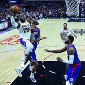 LeBron James face aux Clippers