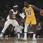 LeBron James a surpassé l'étoile montante Zion Williamson sur les parquets des Lakers