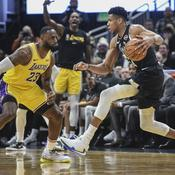 Giannis Antetokounmpo face à LeBron James - Crédit : Benny Sieu-USA TODAY Sports