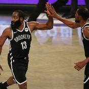 NBA : Harden et Durant en feu face à Antetokounmpo