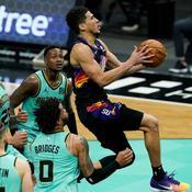 NBA : Phoenix douche les espoirs de Charlotte au bout du suspense, les Lakers sur le fil