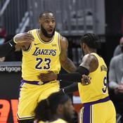 "NBA : retour triomphal de ""King"" James à Cleveland"