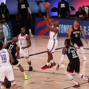 Play-offs NBA: Milwaukee en grand danger, Houston passe juste