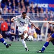 Le monde du foot salue «la légende» Henry