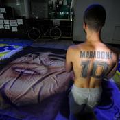 Opéré d'un hématome à la tête, Maradona se remet d'une manière «étonnante»