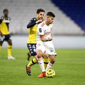 Bruno Guimaraes face à Cesc Fabregas