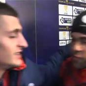 Insolite : Verratti interrompu en zone mixte par Alves après la victoire du PSG à Strasbourg