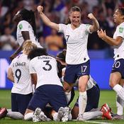 Coupe du monde féminine 2019 : proche du cauchemar, le rêve des Bleues se poursuit