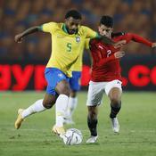 Mondial 2022: le Brésil s'impose en Uruguay, Cavani voit rouge