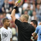 Coupe du monde 2018 : en finale, Mbappé retrouvera l'arbitre qui l'avait averti face à l'Uruguay