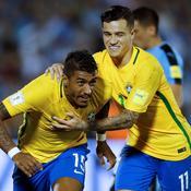 Paulinho et le Brésil terrassent l'Uruguay, l'Argentine se réveille