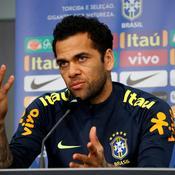 Pour Dani Alves, Coutinho est «du même niveau» que Neymar