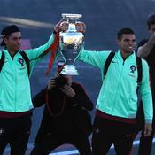 Ronaldo ramène le trophée de l'Euro à Madère