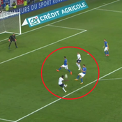 Le but somptueux de Dembélé contre l'Italie