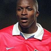 Kaba Diawara (1999 : 15 matches, 0 but)