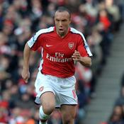 Mikael Silvestre (2008-2010 : 43 matches, 3 buts)