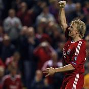 Liverpool Debrecen Dirk Kuyt