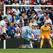 Craig Bellamy inscrit le 3e but de City face à Aston Villa