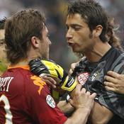 Francesco Totti et le gardien parmesan Mirante ont failli en venir aux mains
