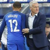 Kylian Mbappé et Didier Deschamps