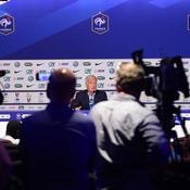 En plein direct, un stagiaire demande à Didier Deschamps un entretien individuel