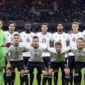 L'équipe d'Allemagne «effrayée» a passé la nuit au Stade de France