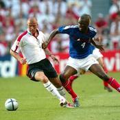 David Beckham à la lute avec Patrick Vieira