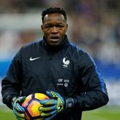 Mandanda forfait pour France-Côte d'Ivoire ?