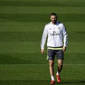 «Traîné dans la boue», Benzema «va mal» selon son avocat