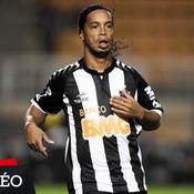 Fantastique coup franc de Ronaldinho